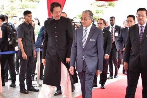 پاکستان خواستار استفاده از تجارب مالزی در بخش توسعه مالی است