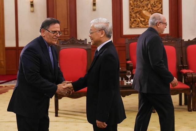 توافق مهم بانکی ایران و ویتنام