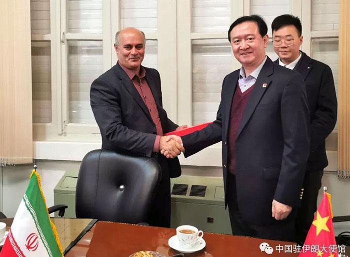 سفیر چین در ایران با رئیس دانشگاه مازندران دیدار کرد