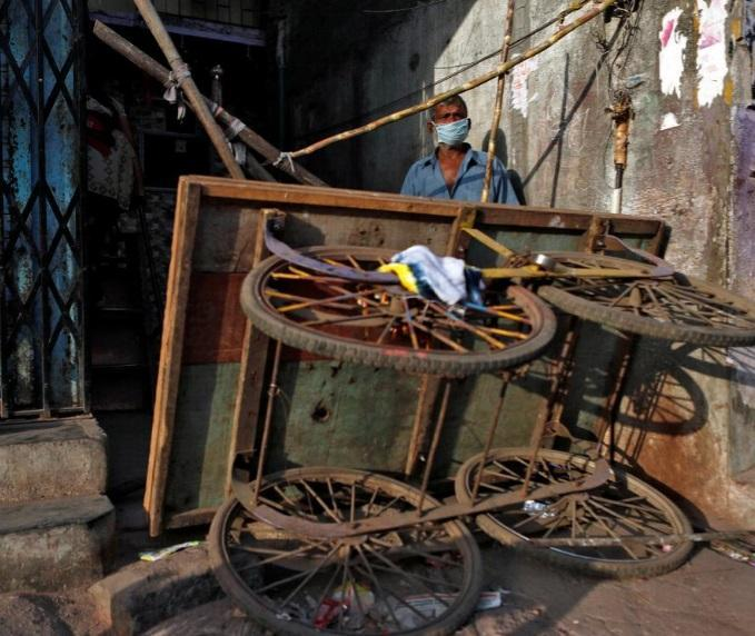 زندگی زیر سایه کرونا در بزرگترین زاغه هند