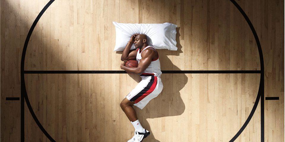 چرا ورزشکاران بی خواب می شوند؟