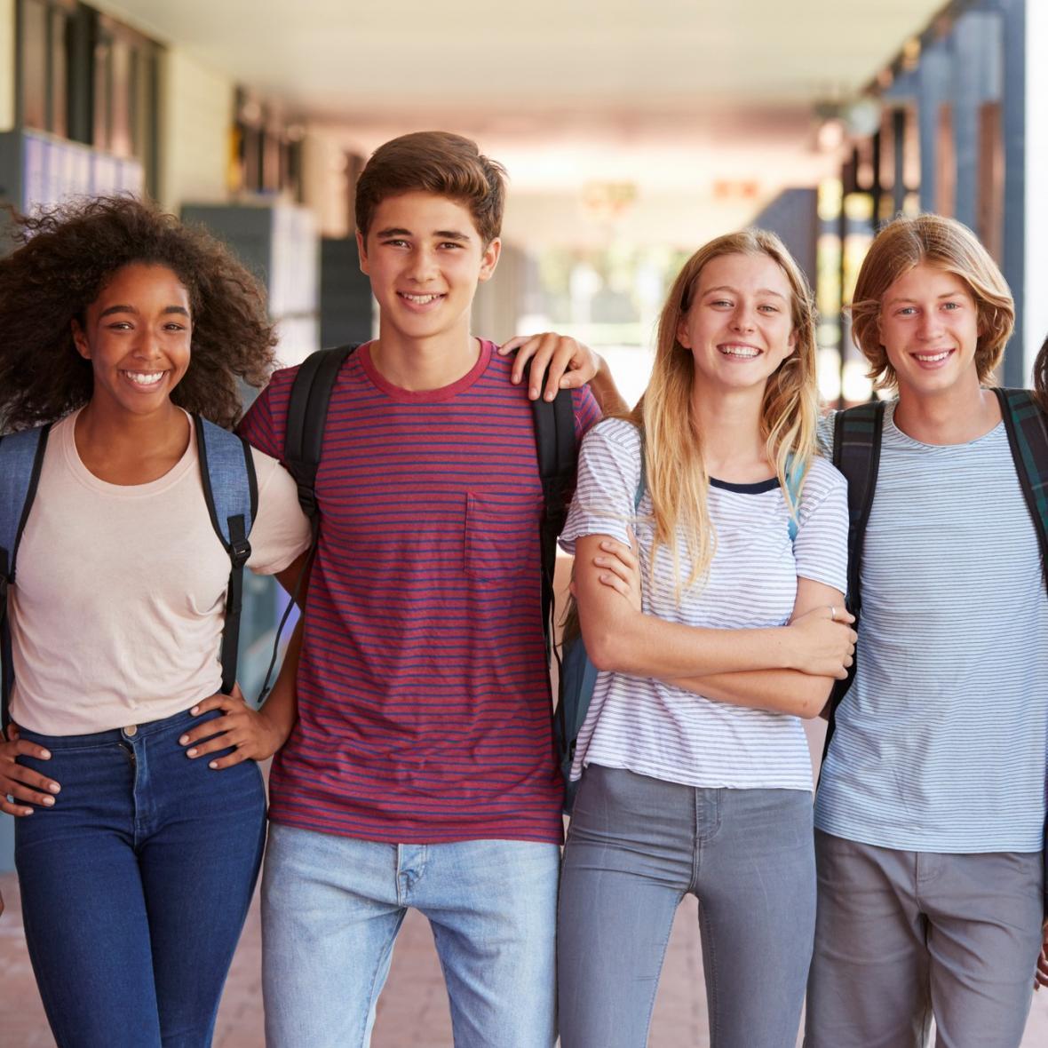 مقاله: خدمات مورد احتیاج برای تحصیل دبیرستان در کانادا