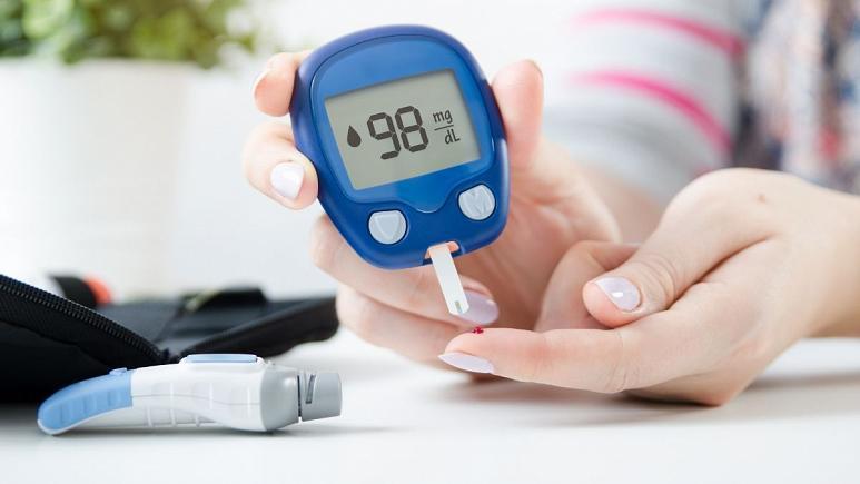 تنظیم و کنترل قند خون از راه دور