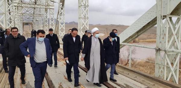 خبرنگاران هیات مجلس شورای اسلامی از کریدورهای ارتباطی نخجوان بازدید کرد