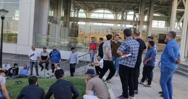تجمع کارکنان مترو هشتگرد مربوط به مطالبات از مترو تهران بوده است